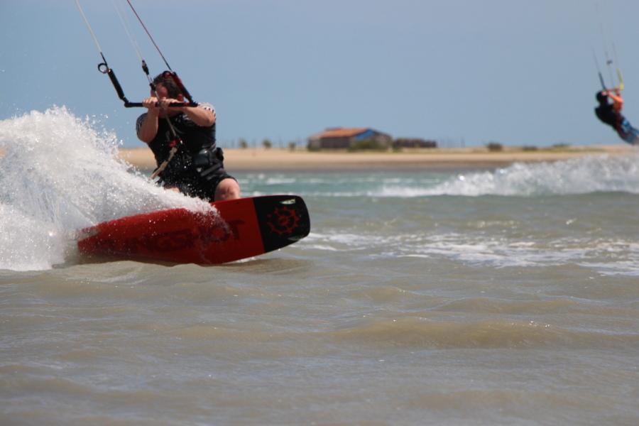 Kitesurfen bij Ilha do Guajirú