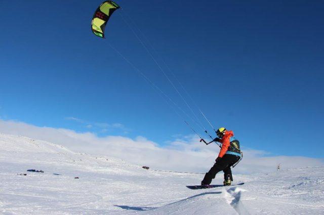 Foto Snowkiten hardangervidda