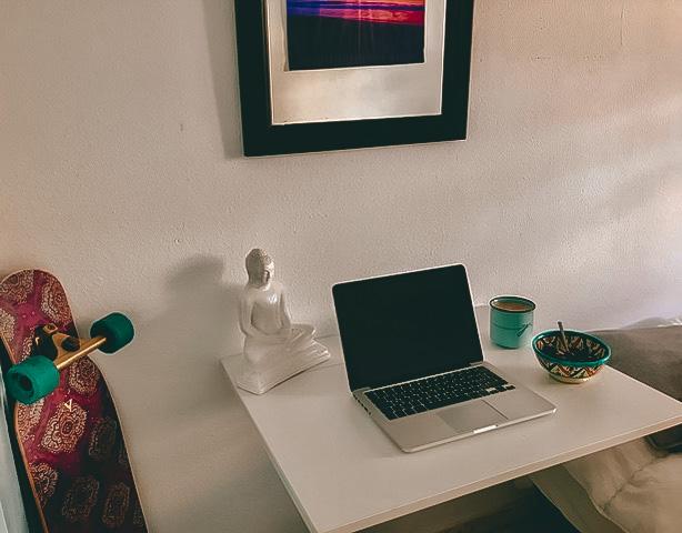 desk room tarifa