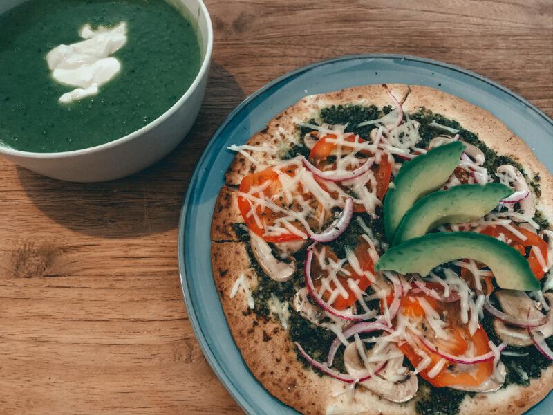 koken met kiters soep en pizza
